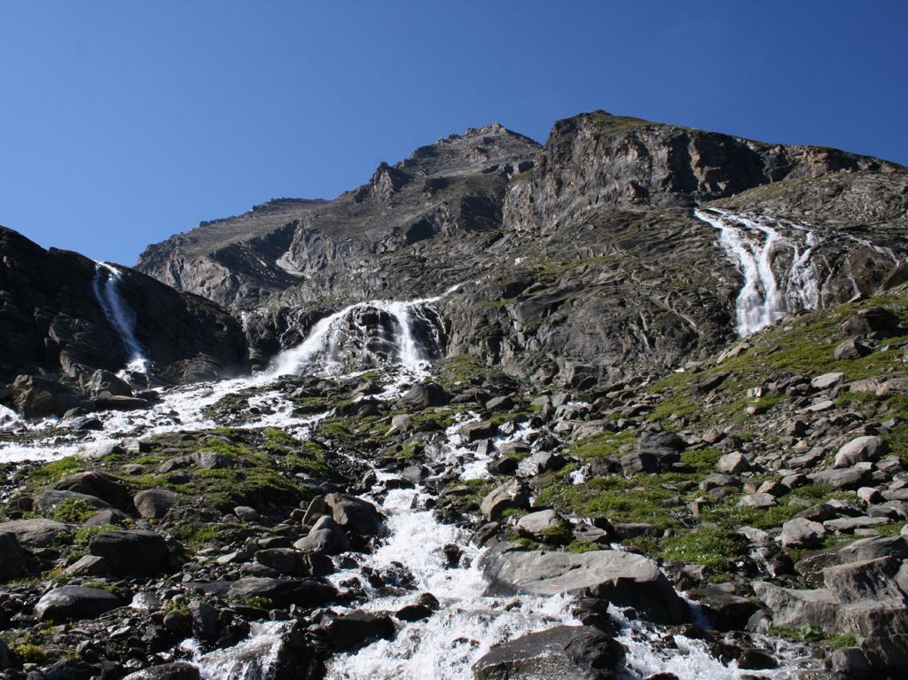 Alpine creed full of water from melting snow © Familie Reich