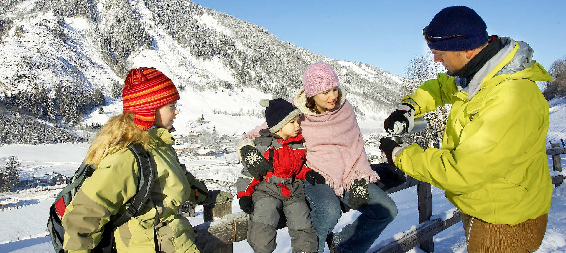 Family skiing in the Europa Sport Region Zell am See - Kaprun